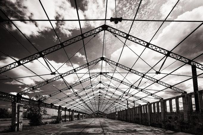 Hangar Bordeaux Bastide Pierre Le Corre
