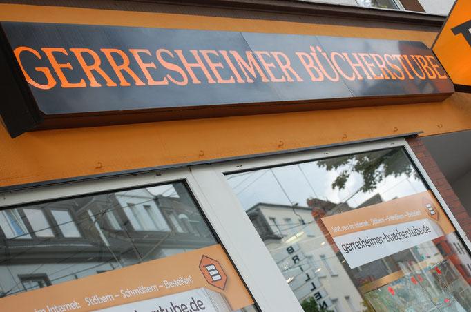 Freundlicher Service - Die Benderstraße e.V. Copryright © Foto_MichaelHutter_für_diebenderstraße.e.v.