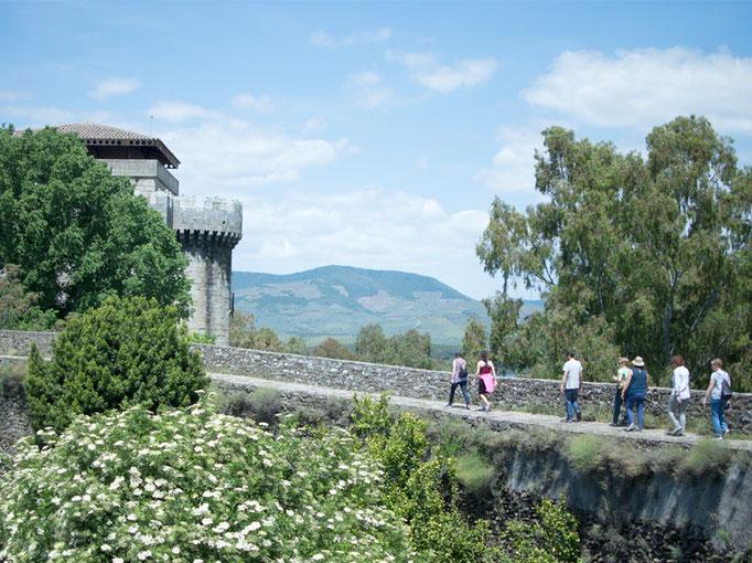 Visita a la antigua villa amurallada de Granadilla