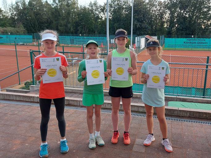 Teilnehmer der Altersklasse U10w: Eleen Neher, Johanna Knaack, Ella Marie Margreiter und Lucy-Mayleen Dreißig (von links).