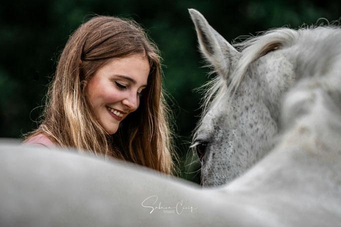 weißes Pferd Nahaufnahme