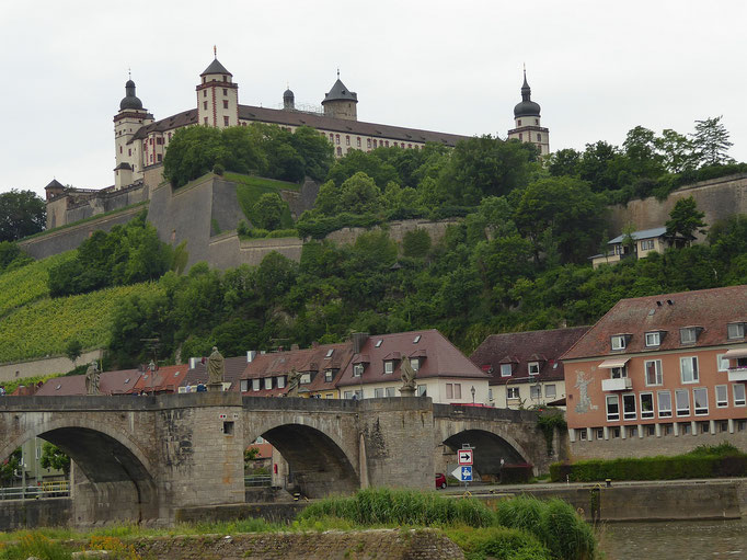 Festung Marienberg in Würzburg (Main) 17.06.2017 16:52 © G.B.