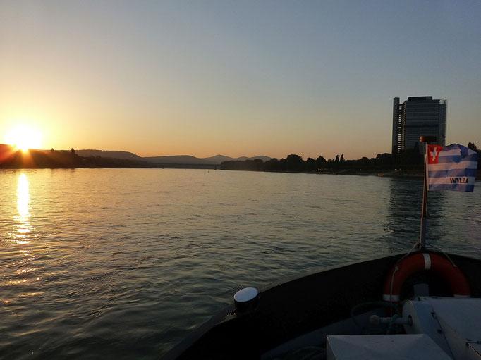 Sonnenaufgang oberhalb von Bonn (Rhein) 14.09.2016 07:27 © p-m