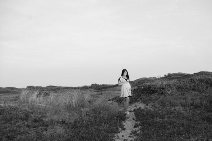 gouden licht, golden hour shoot, fotograaf, alkmaar, zwangerschapsfotografie