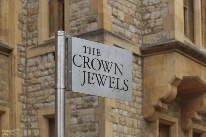 Die Britischen Kronjuwelen werden im Jewel House im Tower of London aufbewahrt
