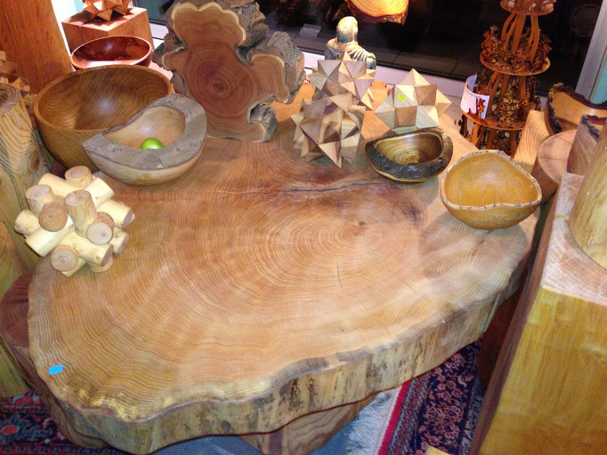 Tisch + Zubehör