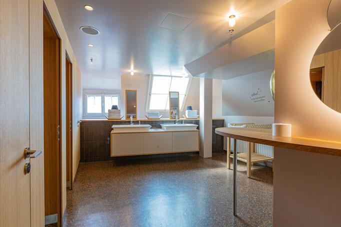 Interior Architecture - Loeb AG Bern