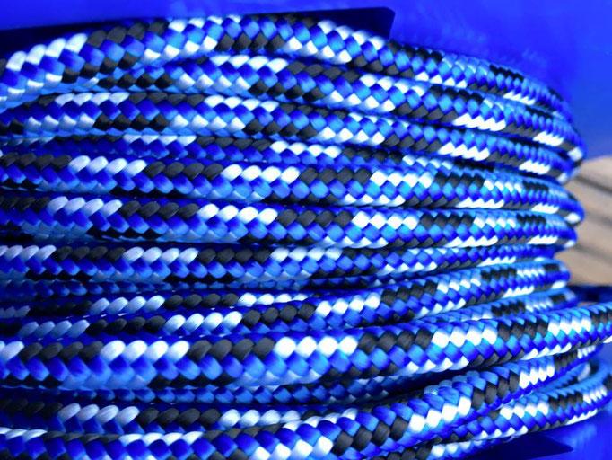 blau weiß schwarz