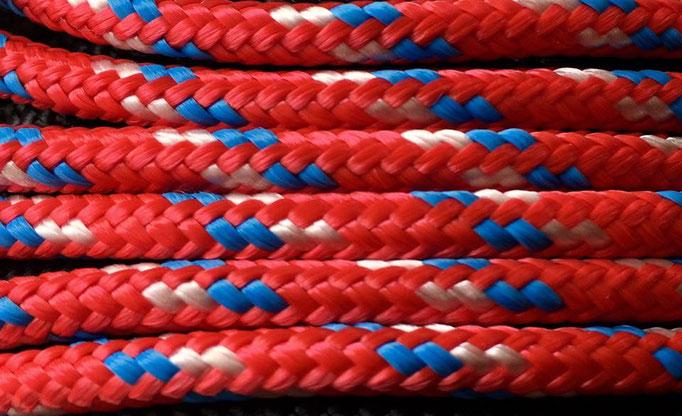 rot mit weiß und blau