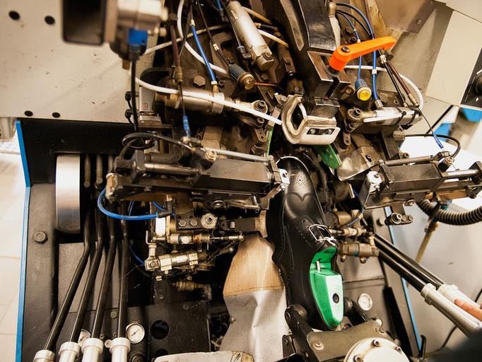 Die nötige Erfahrung und Vorarbeit vorausgesetzt, benötigt man mit dieser Maschine nicht mal 2 Minuten.