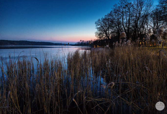 "Bild: Templiner See bei Herrmannswerder, Potsdam im Februar 2018, ""lakeside winter lights"", www.2u-pictureworld.de"