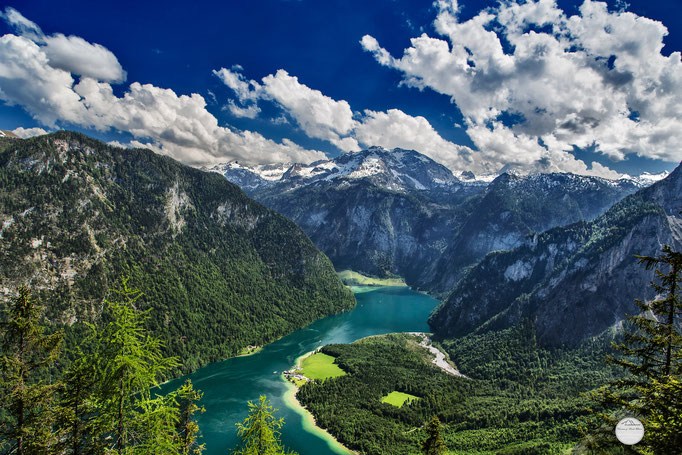 """Bild: der Königsee, Bayern, Berchtesgardener Land, """"a pearl of nature""""; www.2u-pictureworld.de"""