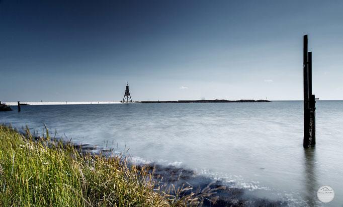"""Bild: Kugelbake von Cuxhaven, """"die Kugelbake und das Meer ..."""", www.2u-pictureworld.de"""