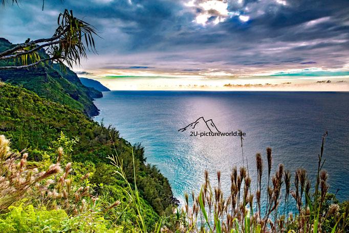Bild: Lichtschimmer an der Na Pali Coast, Kauai