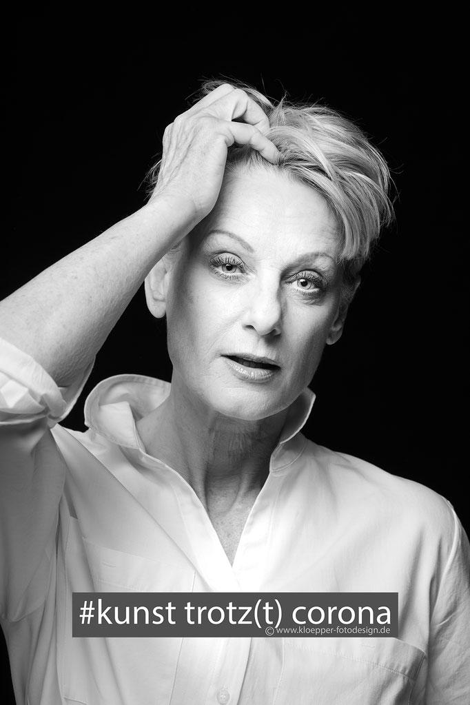 Meggie Menges - Model