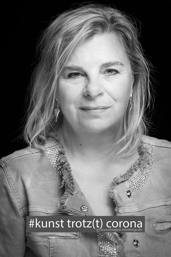 Petra Hattendorf, Kosmetikstudio