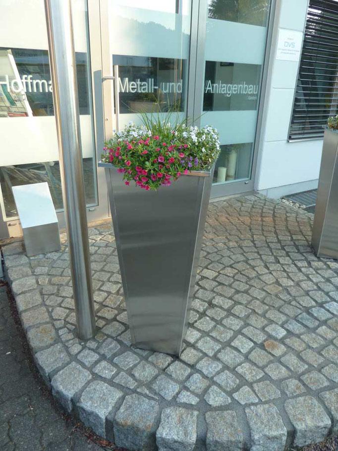 Blumenkübel Edelstahl wetterfest