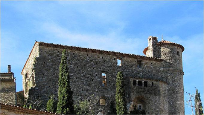 Le Chateau Face Nord