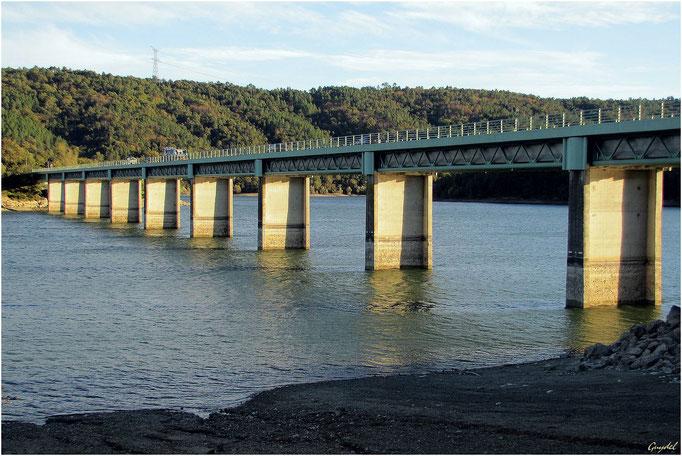 Le Grand Pont du Lac de St Cassien