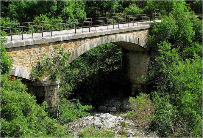 Le Pont sur la Siagne à St Cassien des Bois