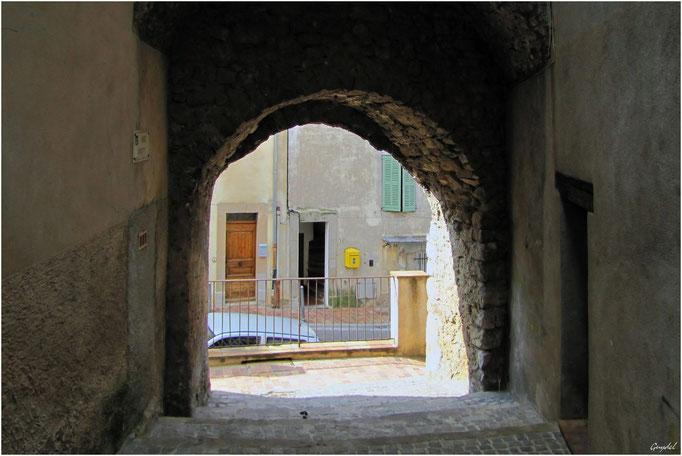 La Rue Droite