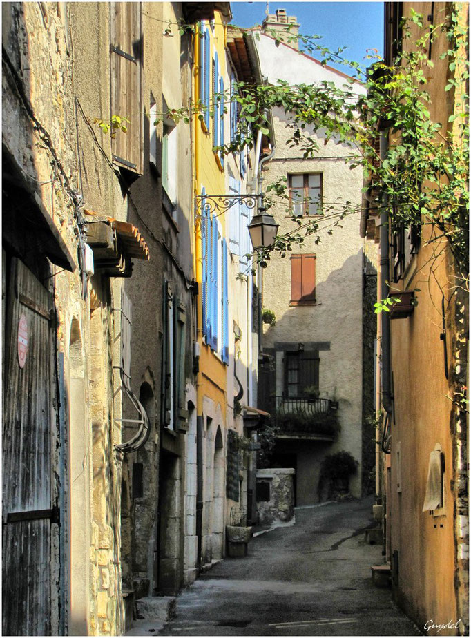 La Rue du Rastel