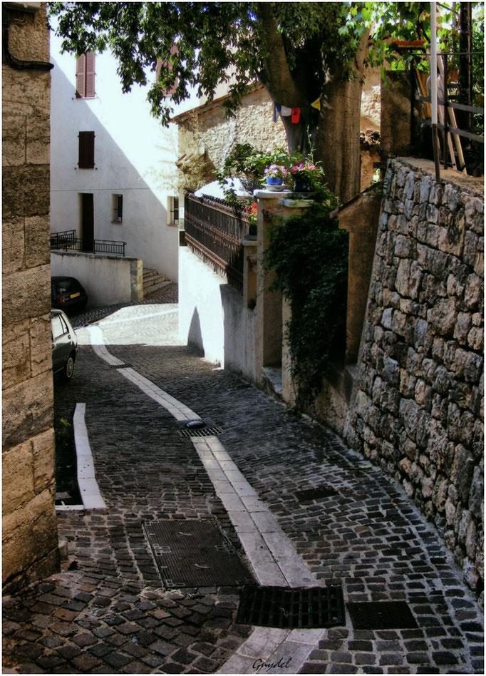 Une Calade dans le Village