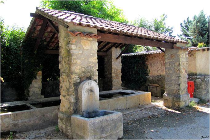 Lavoir des Crottons et sa Nouvelle Fontaine ... à Callian