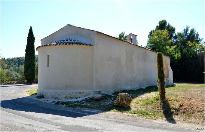 Chapelle St Cyr à Seillans ... côté Nord