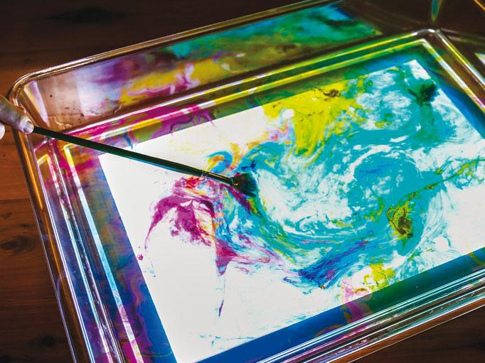 Lavagna luminosa e sale colorato