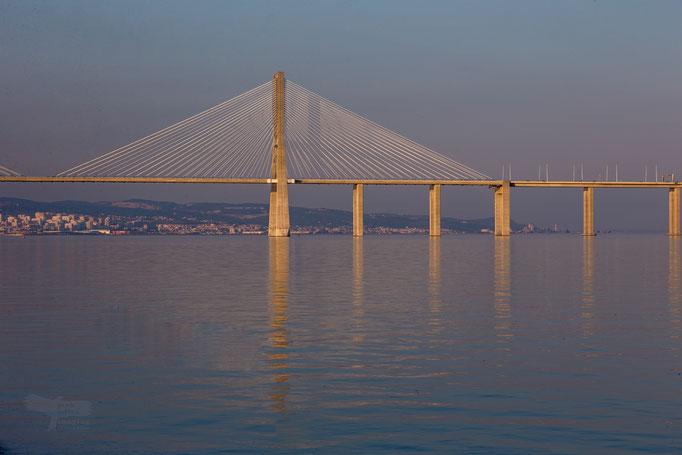 """Ausstellungs # 44 Format75x50cm Titel: """"Sunset at Bridge Vasco da Gama"""""""