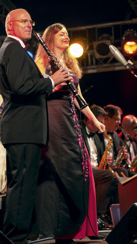 Anna Larsen und Engelbert Wrobel solo-clarinet