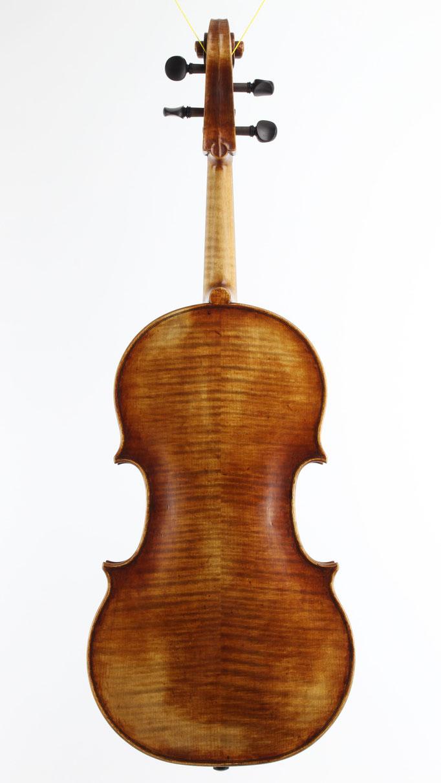 einige der besten und beliebtesten Bratschen Modelle stammen von Andrea Guarneri - Als Bratschenbauer kopiere ich diese Instrumente sehr gerne