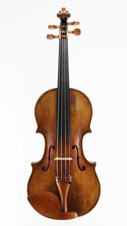 Meistergeige nach Andrea Amati 1570 aus einer kleinen Geigenbau- Meisterwerkstatt aus Niederbayern. Hier online kaufen