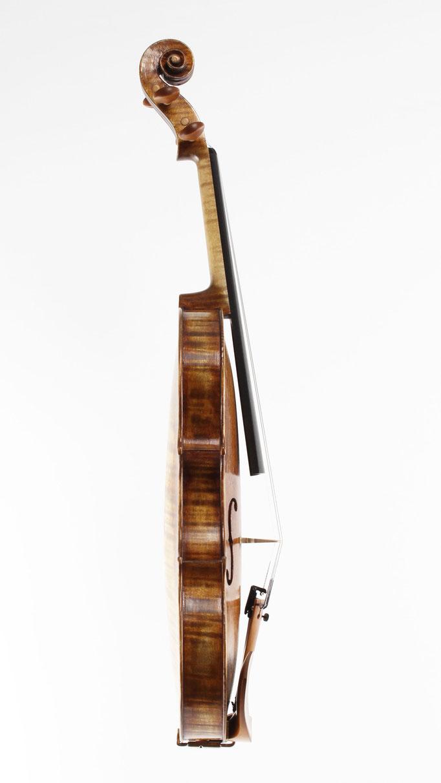 Handgemachte Geigen aus Meisterhand online bestellen. Bei uns finden Sie Ihr Trauminstrument. Egal ob Solist, Orchestermusiker, Profimusiker oder Amateur