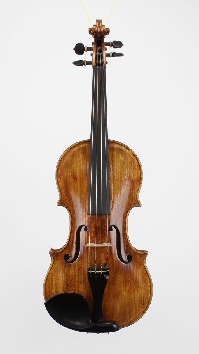 Handgemachte Nicolo Amati Kopie beim Geigenbauer aus Deutschland kaufen. Preise sind aus der Homepage zu finden