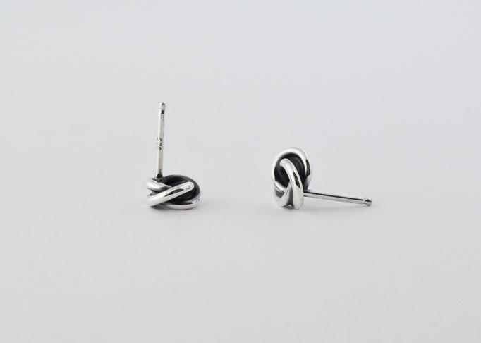 minowa(L) / pierced earrings