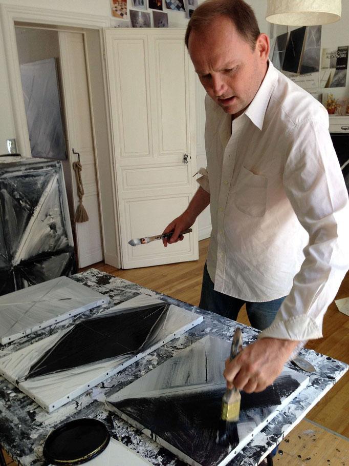 François-Xavier ALEXANDRE dans son atelier de la rue du Maine. (2015).