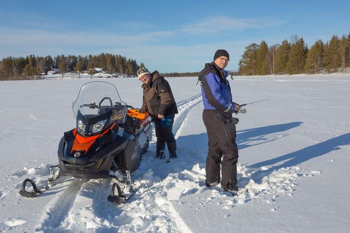 Eisangeln mit Torben in Lappland