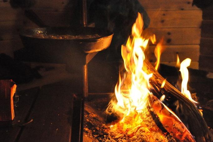 Feuer in unserer Grillhütte