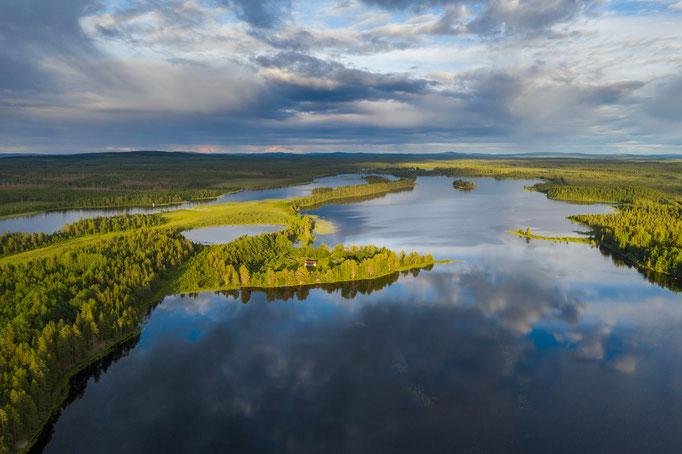 Ausblick von oben um uns herum - Lapplands Drag Huskyfarm