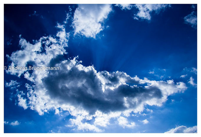the sky above us_five_clouds_three