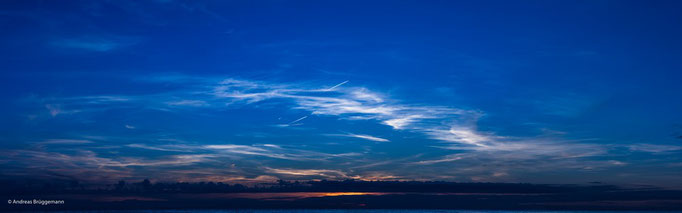 the sky above us_nine