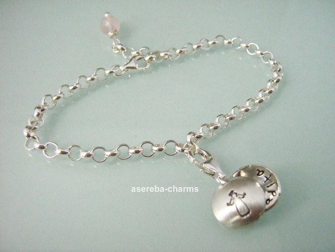 (Sammel-)Armband zur Taufe mit Mini-Medaillon mit Schutzengel aussen + Kreuz innen