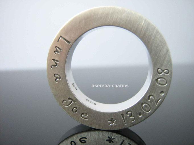 Massiver Sterlingsilber-Ring mit Gravur von Name & Datum, z.B. zur Taufe