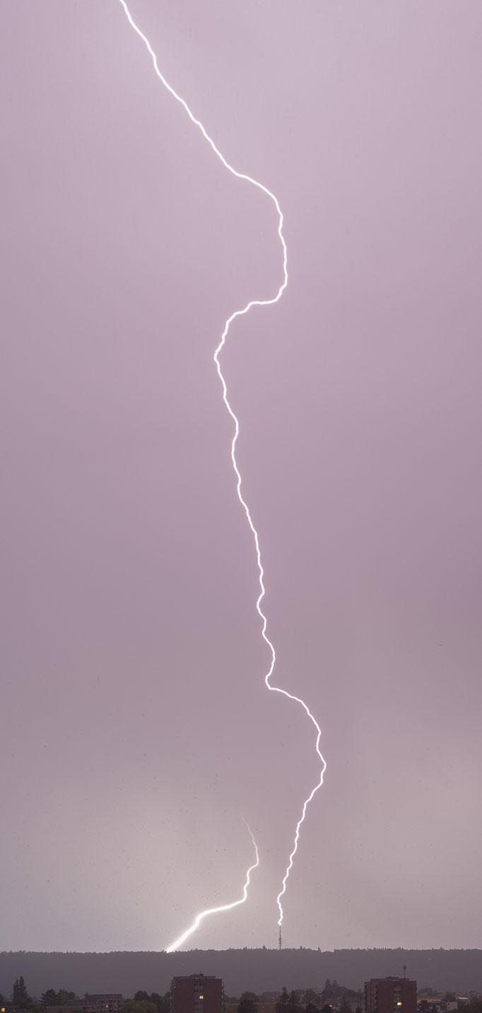 Gewitter/Blitzschlag in Cholfirst Turm, Feuerthalen, Schweiz, 2018 08 23 (MP0398) © Michael Pfenning