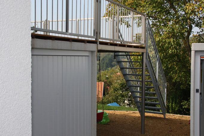 Außentreppe AT 108 mit zwei Aufgängen