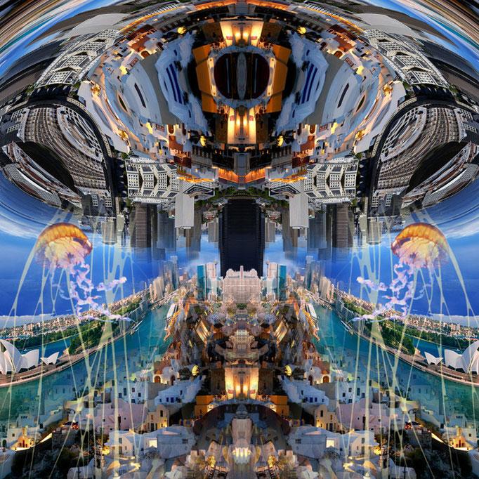 Giant jellyfish © kaleidoscope king