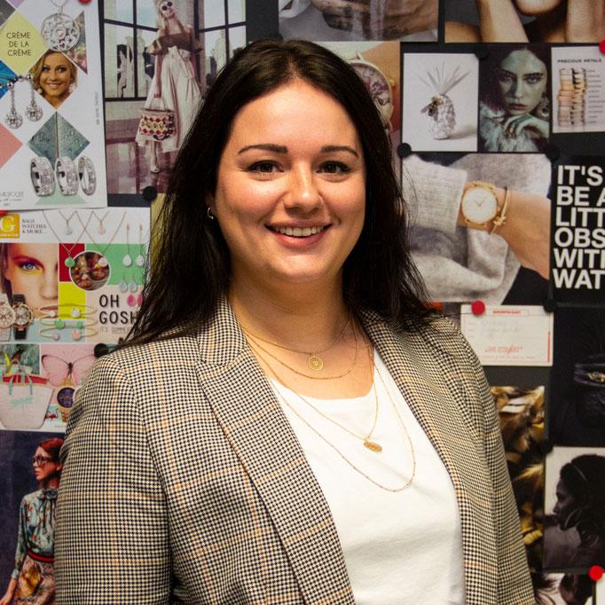 Susanne Huisman<br>Sales Assistant<br>s.huisman@goldengift.nl