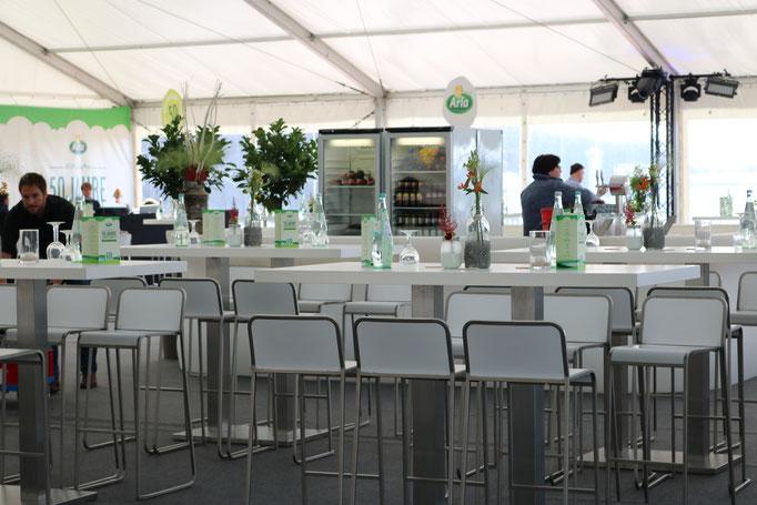 Bestuhlung, Tischdekoration - Mitarbeiterfest Arla / Medienfabrik Trier